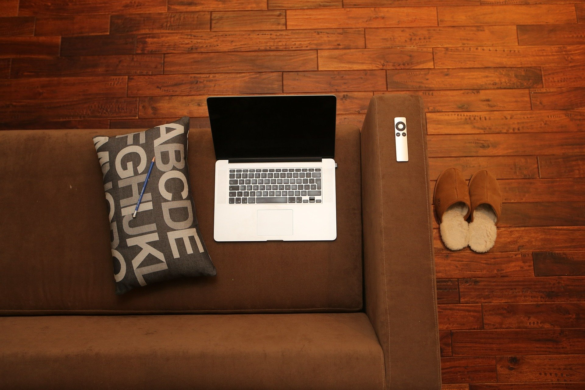 Working from home survival guide - Egeniq